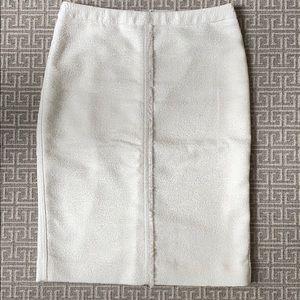 Ann Taylor White Fringed Tweed Skirt Size 2